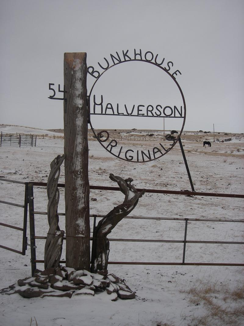 Bunkhouse Originals Gate Sign